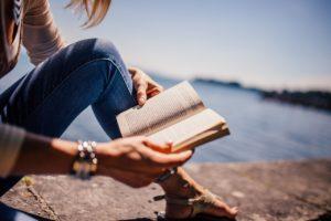 reading-925589_1280 sve